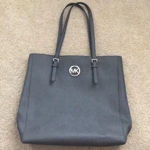 4a3d859ccb52 Women s Michael Kors Handbag Names on Poshmark